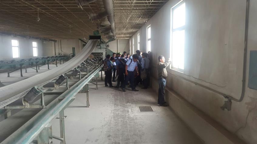 Alumnos Visitan Instalaciones del IHMA