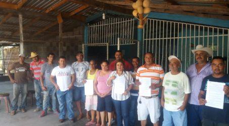 Firma de convenio para compra de frijol en Olancho